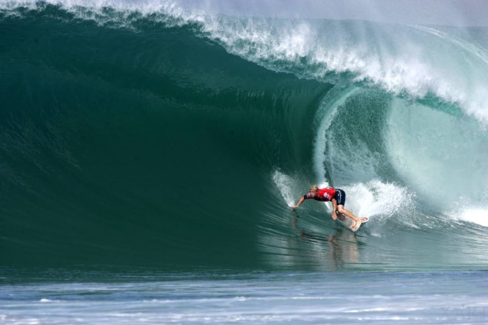 mick_fanning-huge-lip-700x466
